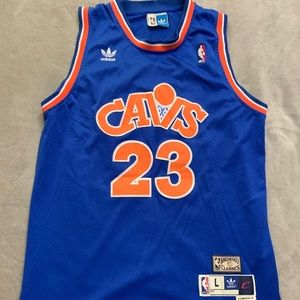 Lebron James Cleveland Cavaliers Alternate Jersey